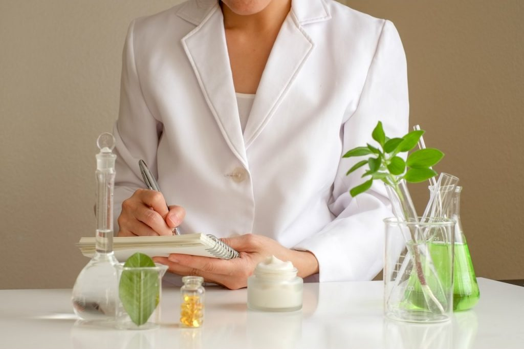 Dermatologist testing organic products÷